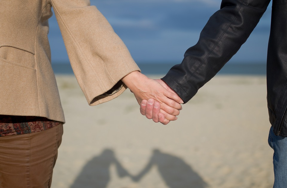 DECISÃO: Desnecessária a coabitação em comprovação de união estável para receber pensão por morte