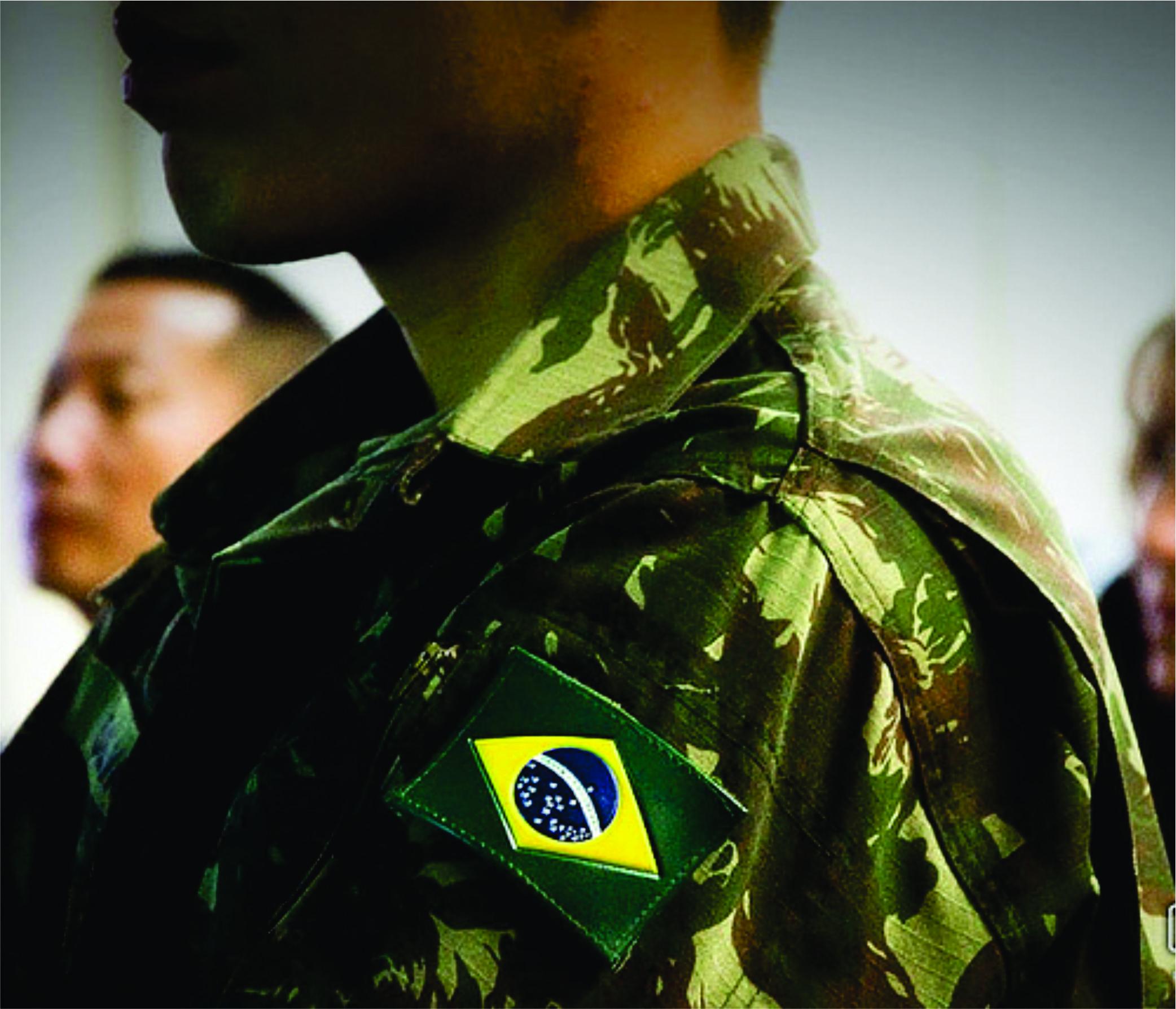 DECISÃO: Matrícula em colégio militar deve ser garantida a dependente de militar reformado mesmo que este seja como temporário