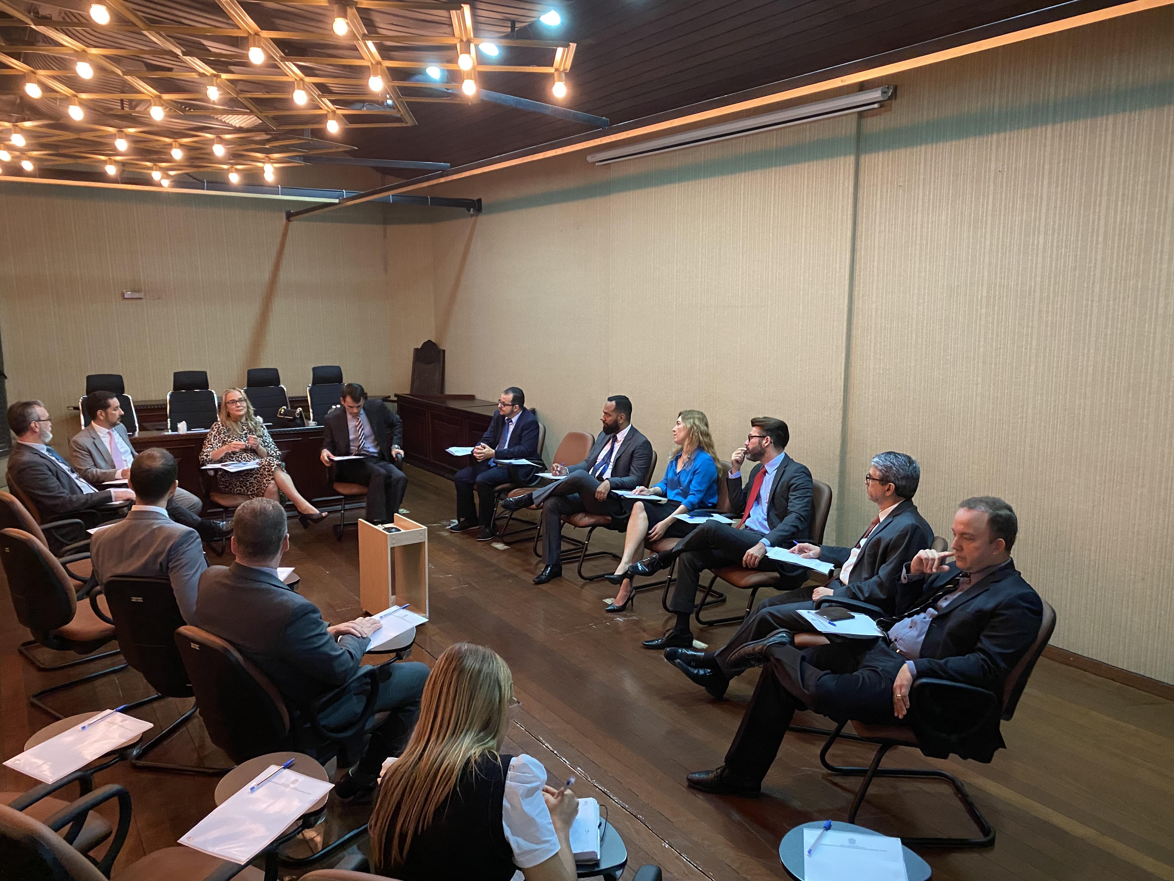 INSTITUCIONAL: Seção Judiciária de Goiás discute aperfeiçoamento dos Juizados Especiais Federais