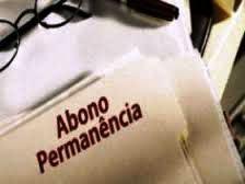 DECISÃO: Servidor que cumpriu requisitos para aposentadoria e optou por permanecer em atividade faz jus ao abono de permanência