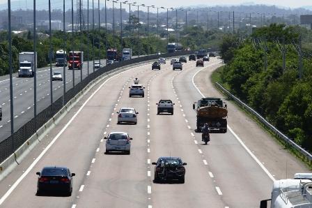DECISÃO: Policial rodoviário federal é condenado por exigir pagamento de caminhoneiro para não lavrar auto de infração